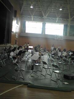 練習中の中学生たちです
