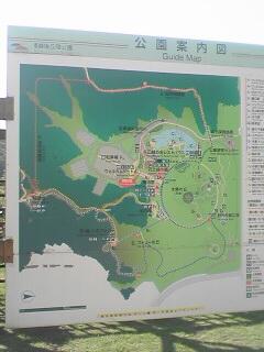 入口脇にある公園の案内図です