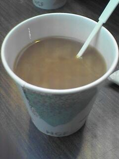 サイフォンで淹れた淹れたてのコーヒーが100円!!おいしかったぁ