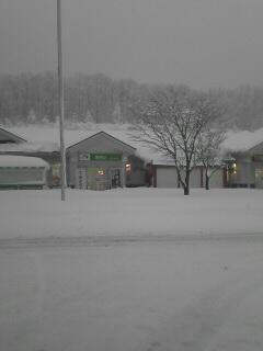1日の磐越道磐梯山SAです。雪がいっぱい。。