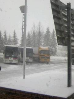 高速バスも休憩中